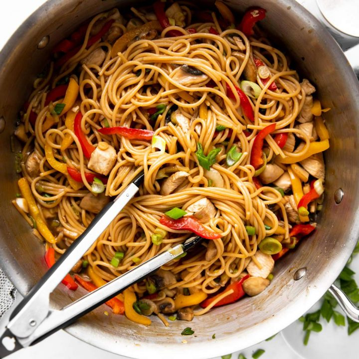 pan with chicken lo mein