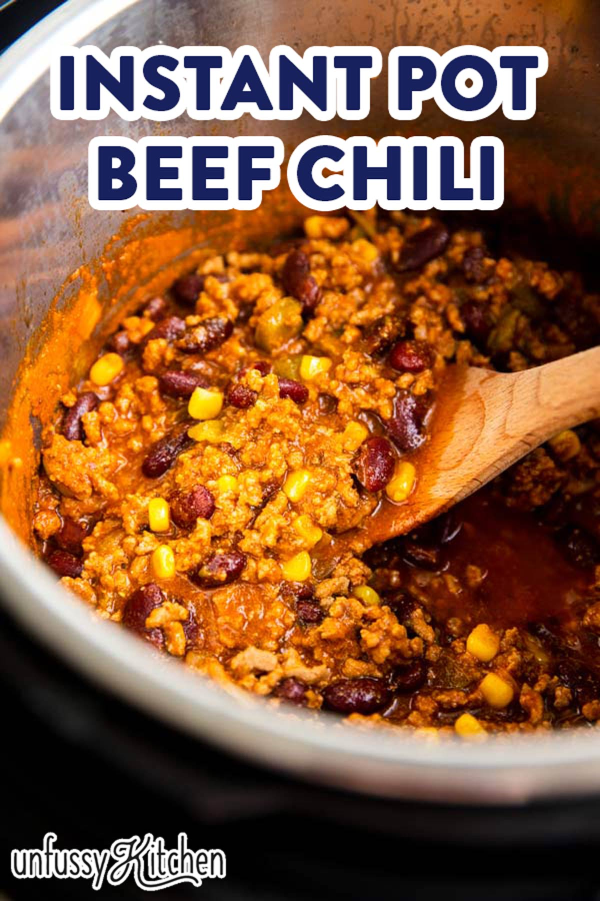instant pot chili with text overlay